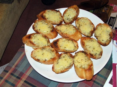 Easy Garlic Bread and Cheese