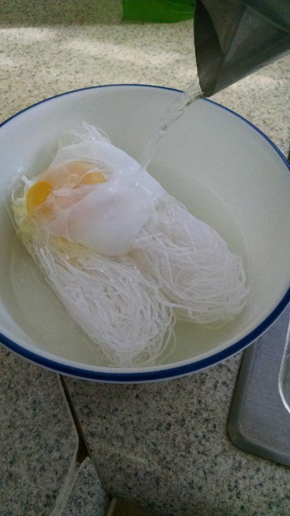 Cook the Egg & Noodles