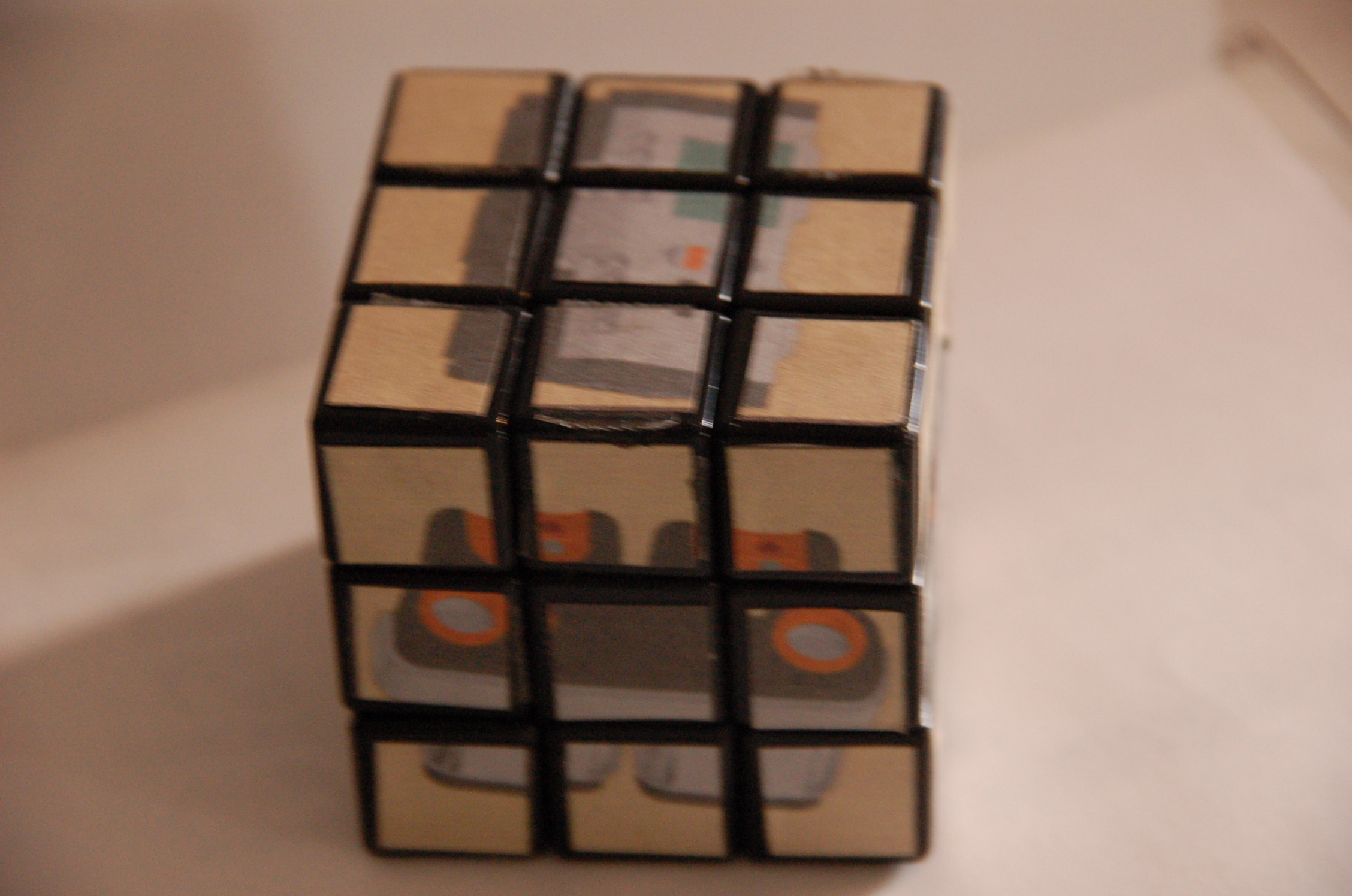 turn your lego projects in to a rubik's cube!!!