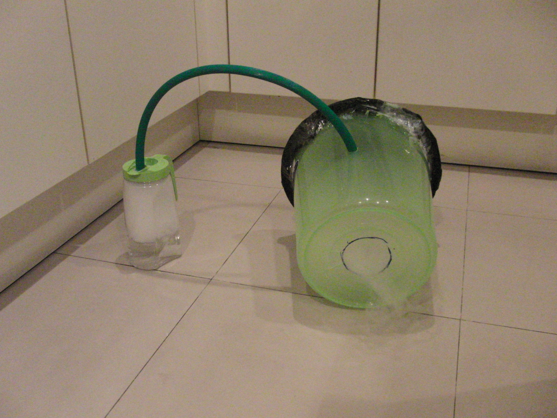 Dry-Ice Smoke Ring Cannon! (No fog machine necessary)