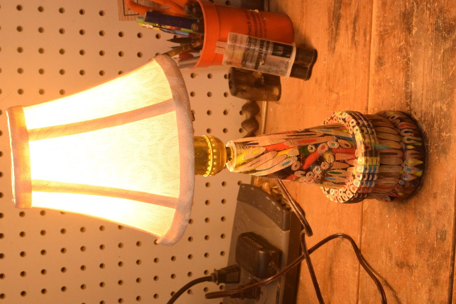 DIY Color Pencil Lamp
