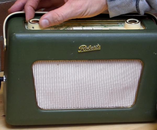 Vintage Radio to Bluetooth Speaker Simple Electronics Project