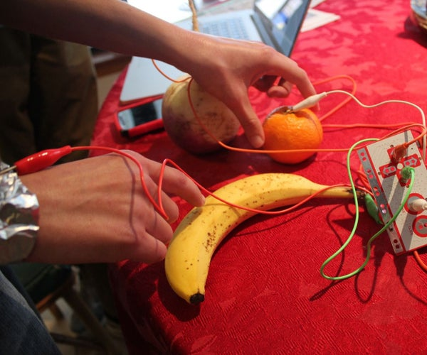 Playing With Your Food Ala MaKey MaKey
