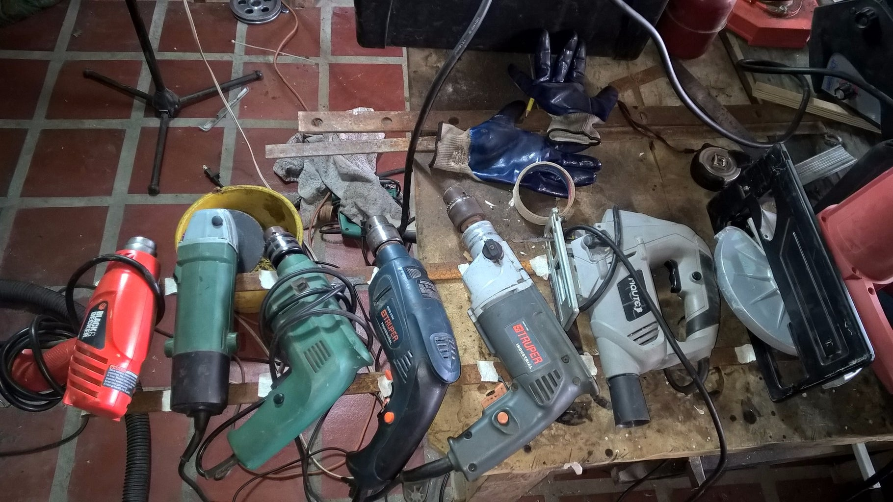 Present How to Put Tools Before Any Cut!