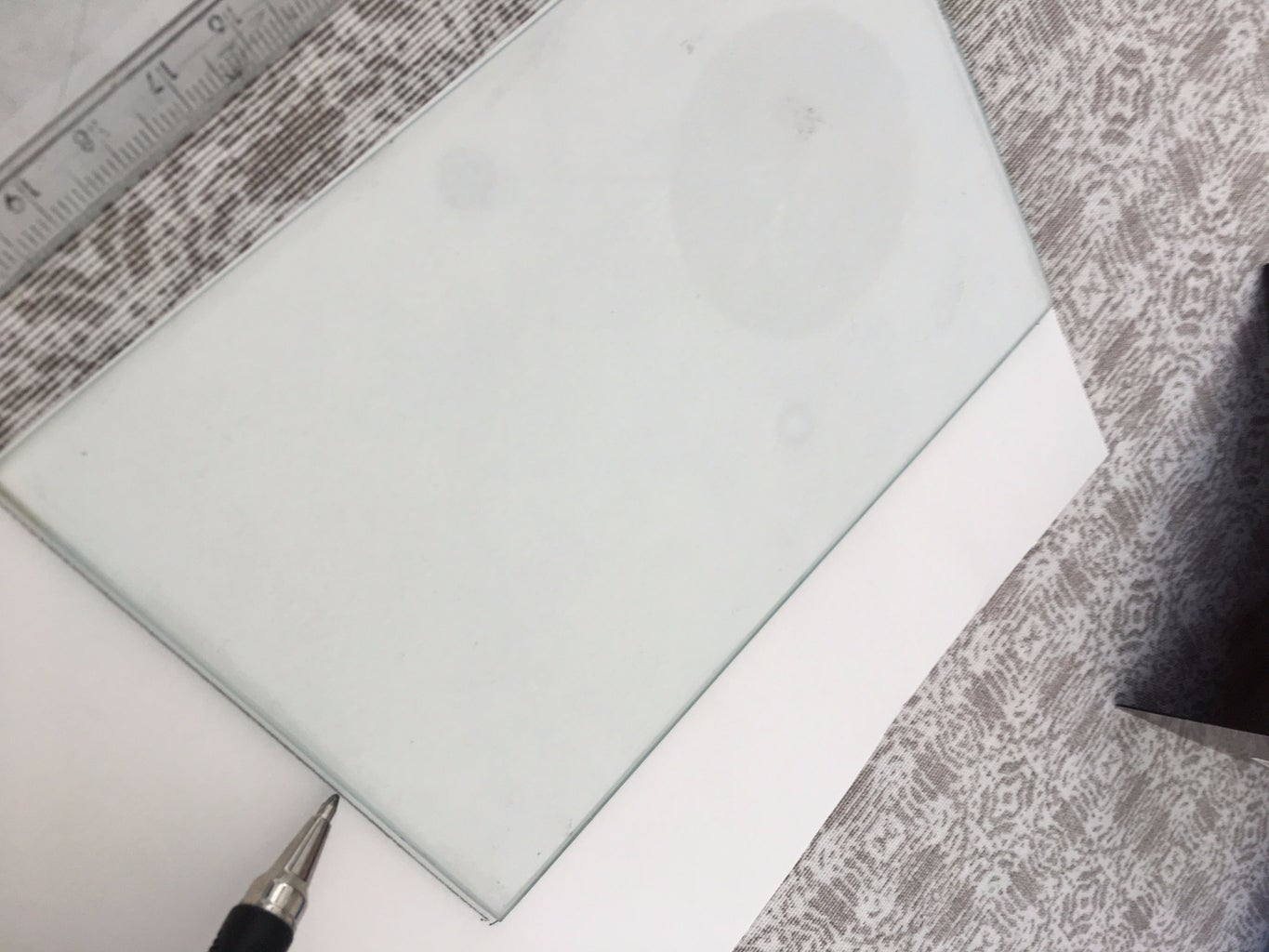 Remove Glass Cover From Photo Frame and Cut Cardstock