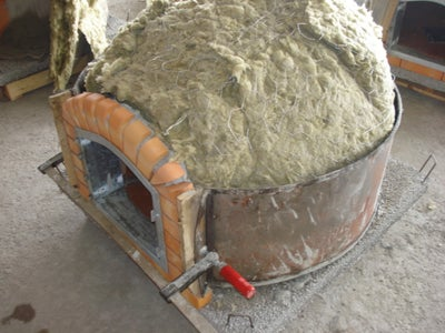 Portuguese Terracotta Oven / Pereruela Oven