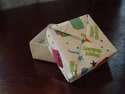 How to Make an Origami Square Box With Lid (Very Easy)!