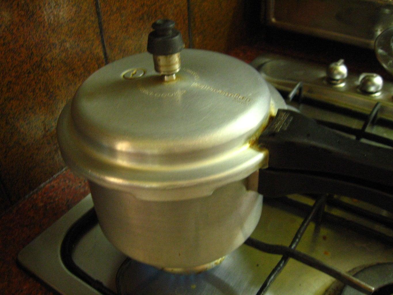 Soak and Pressure-cook Chickpeas