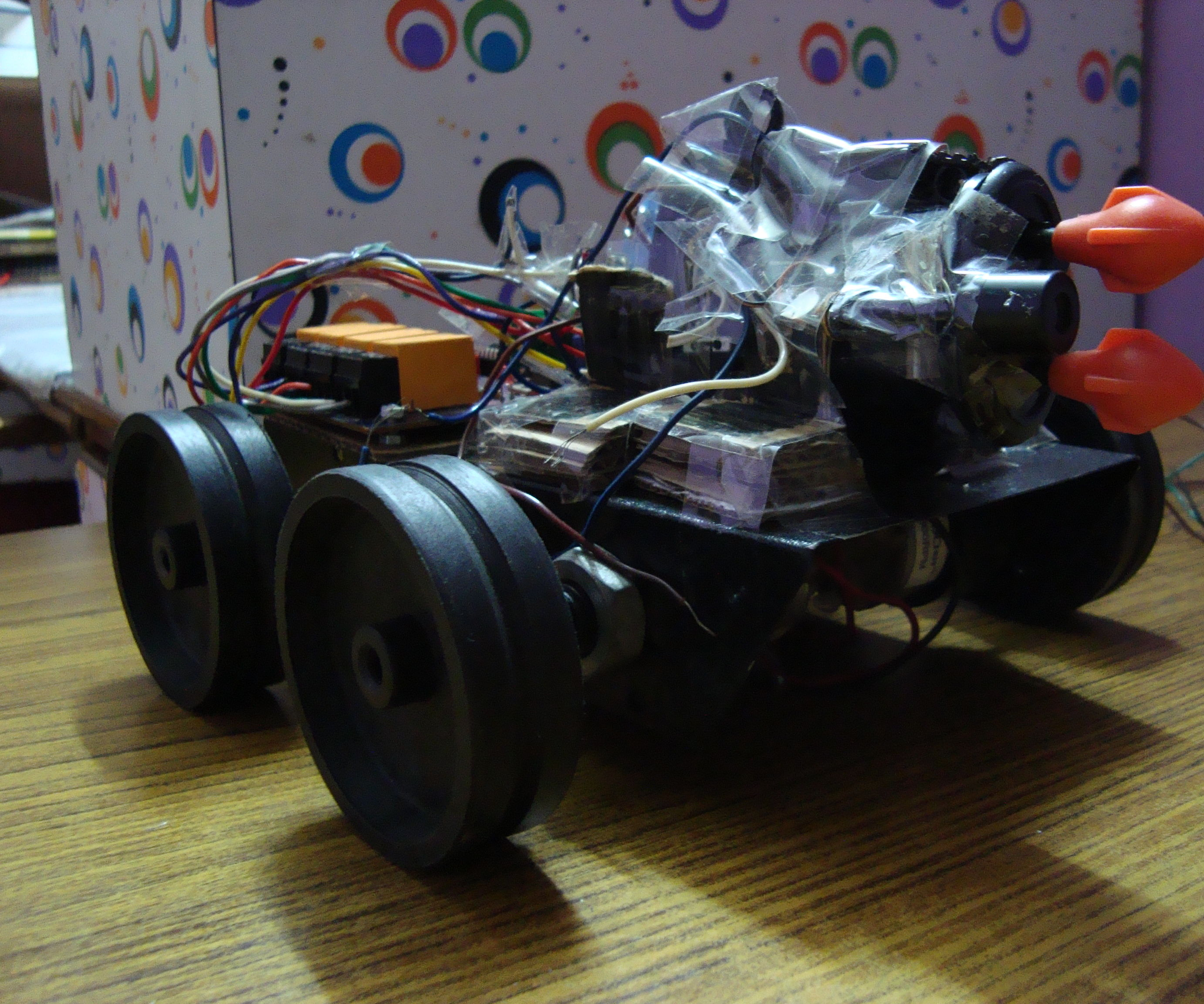 RC TANK with HIGH TORQUE