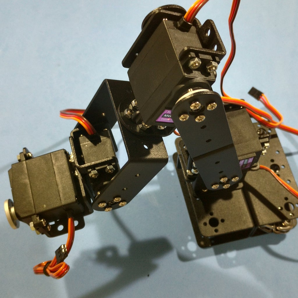 Assembling the Robotic Arm Pt6 - Servo #5