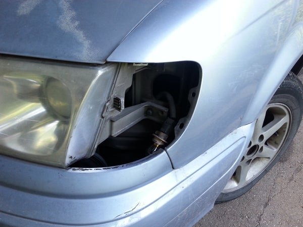Repair of Dislocated Front Turn Signal Lamp