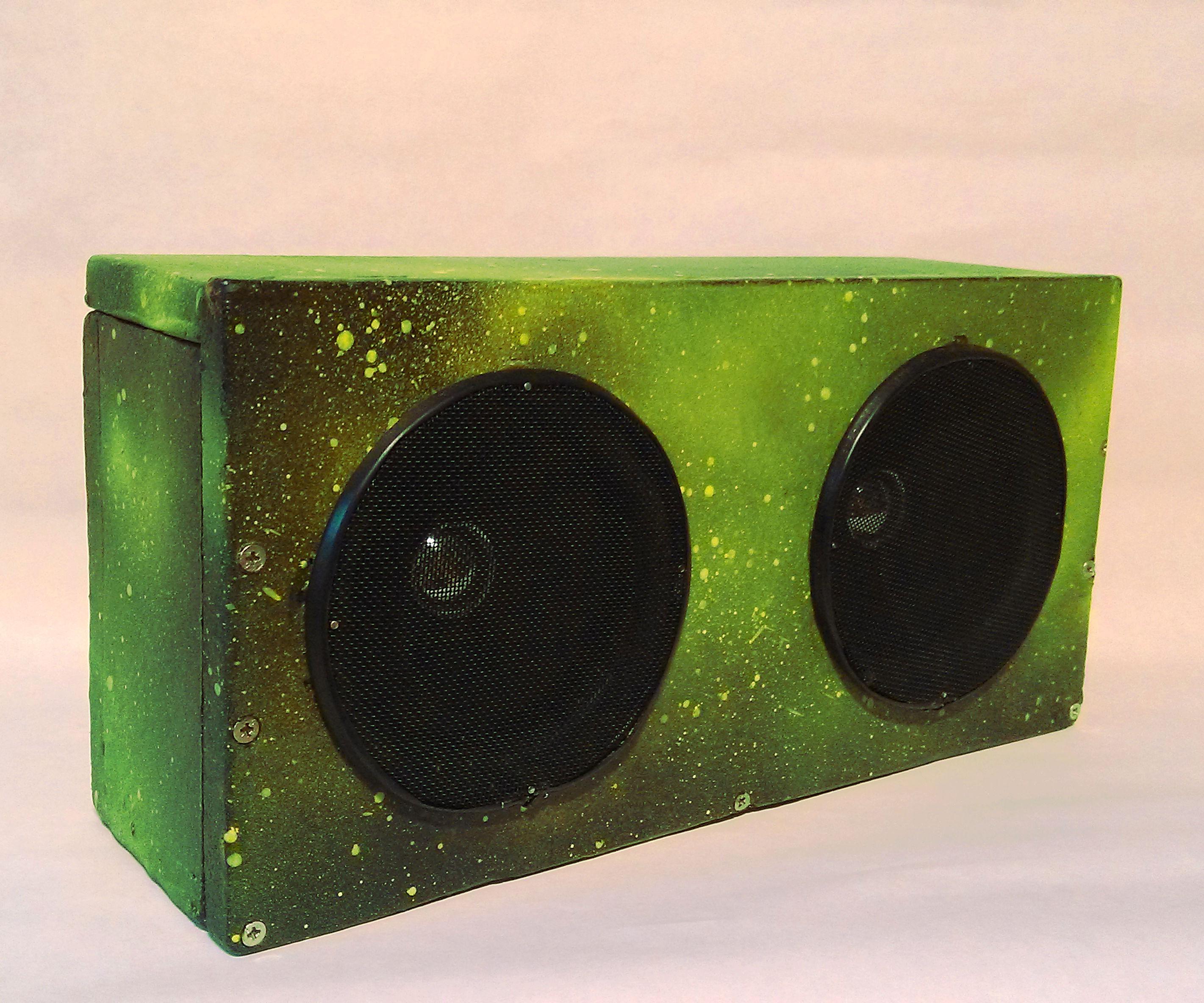 DIY Bluetooth Speaker under 5$