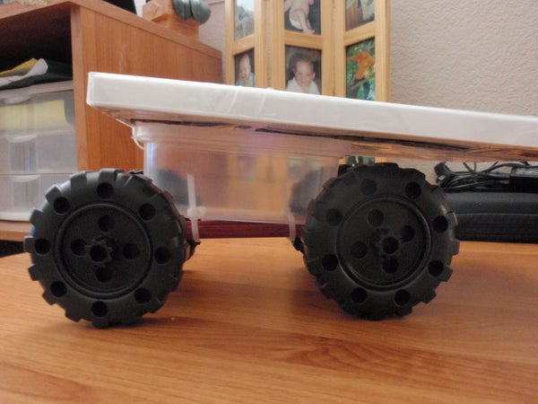 Movable Tinker Toy Tool Holder