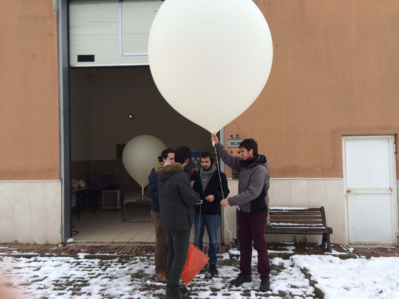 How Can You Make Your Balloon-Sat ?