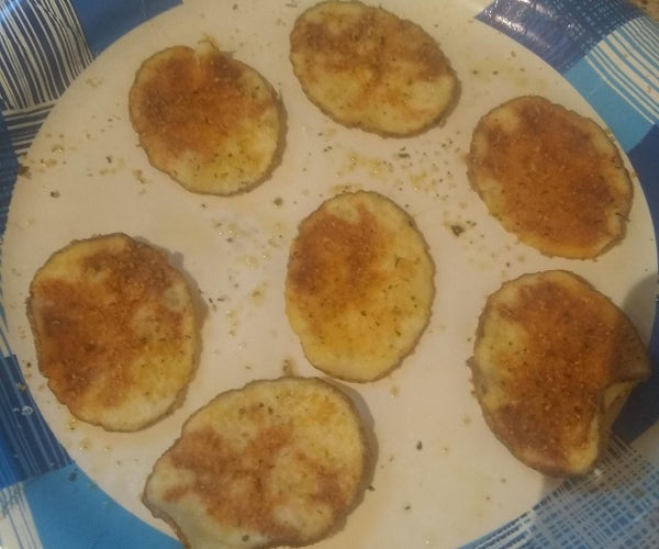 Super Easy Yummy Microwave Potato Chips