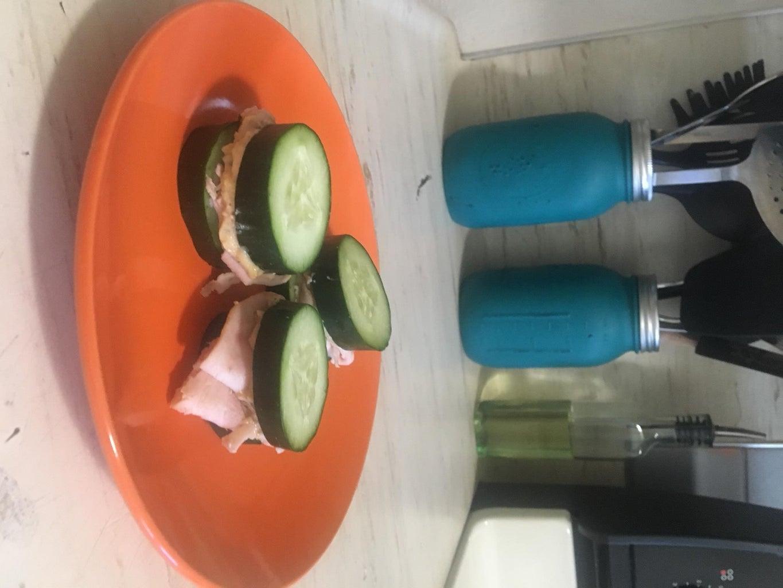 Cucumber Turkey Hummus Sandwich