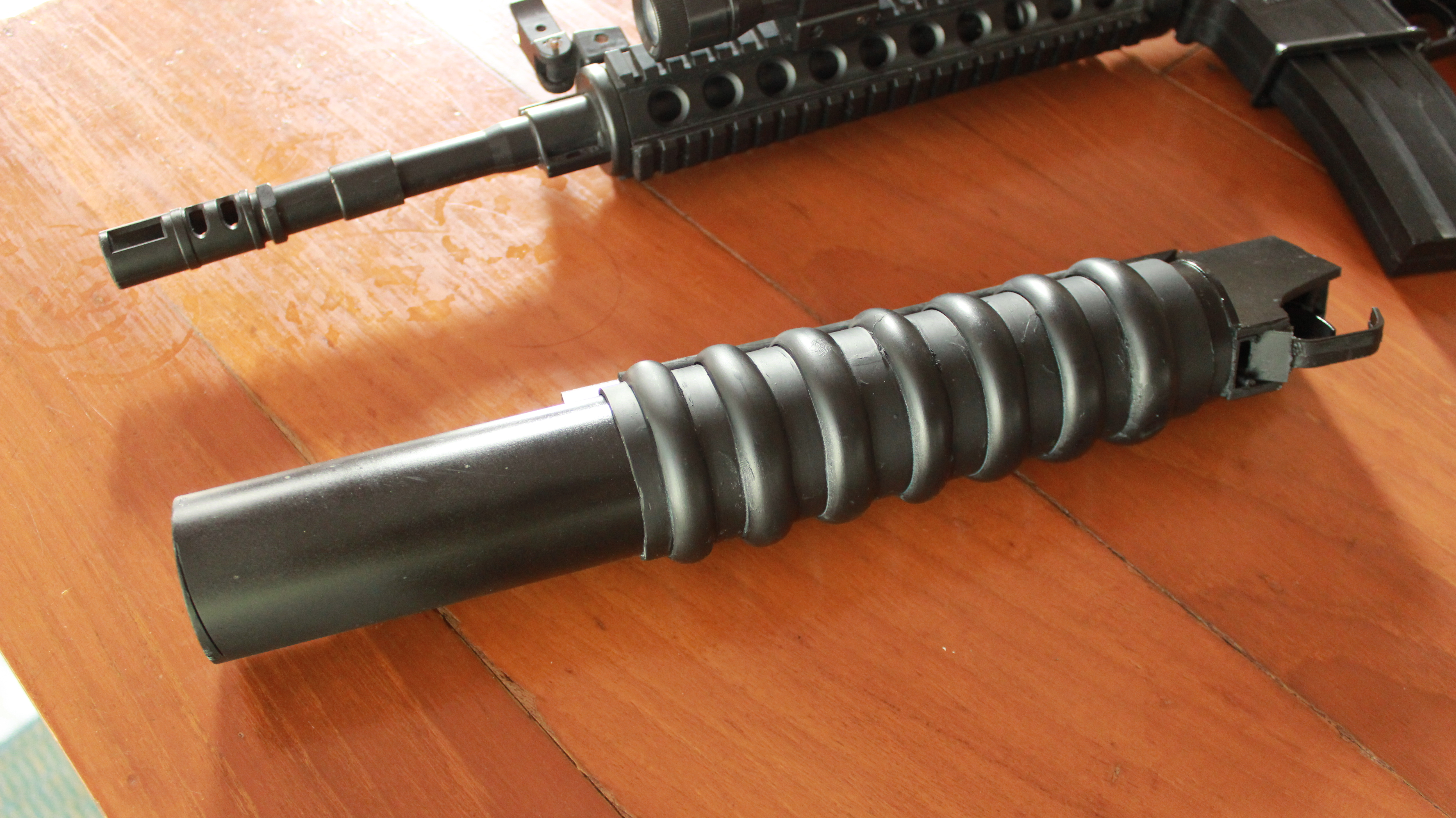M203 grenade launcher prop