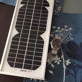 DIY Portable USB Solar Charger ($20 - 4 Ports)