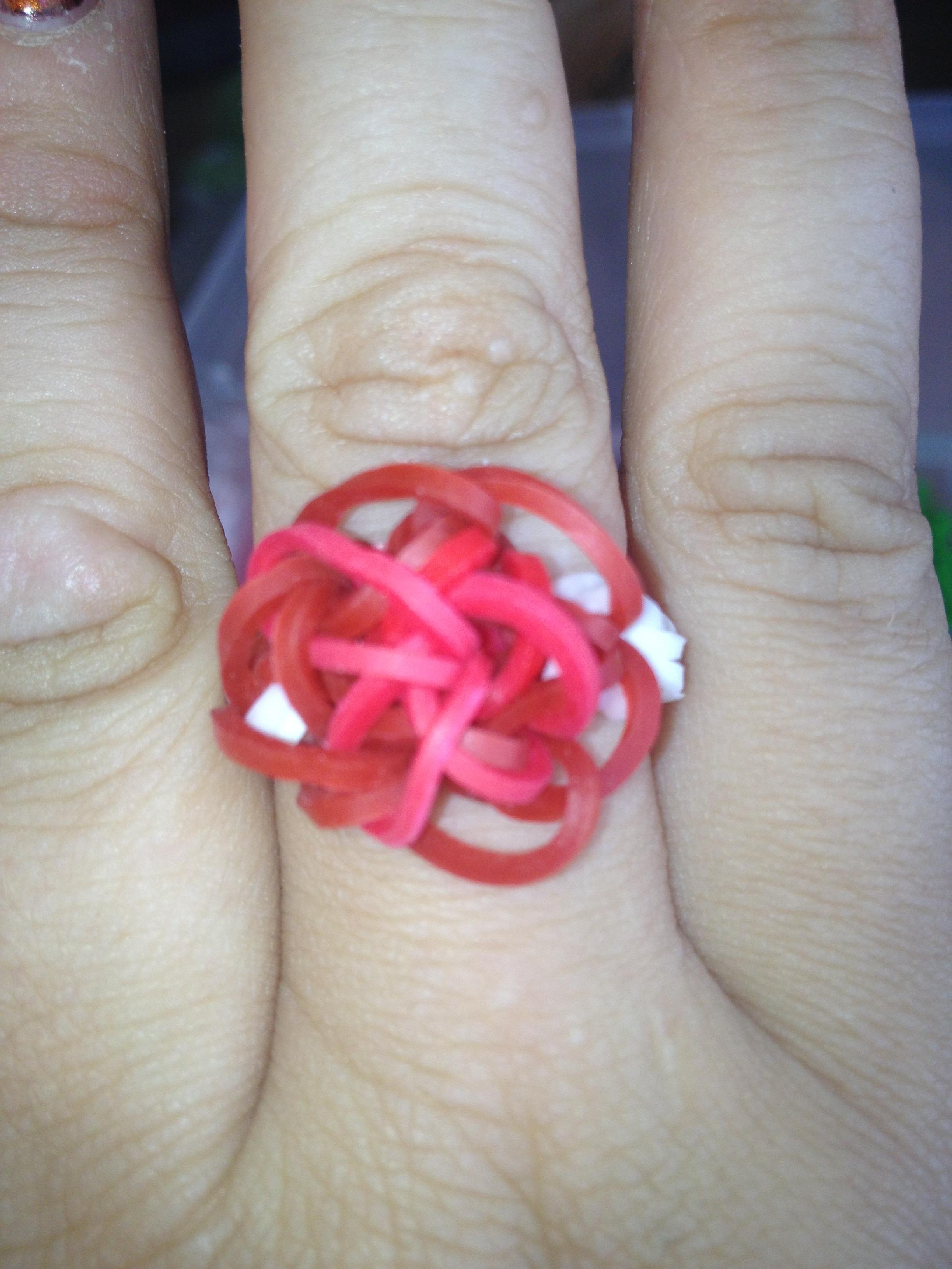 Rainbow Loom Flower Ring