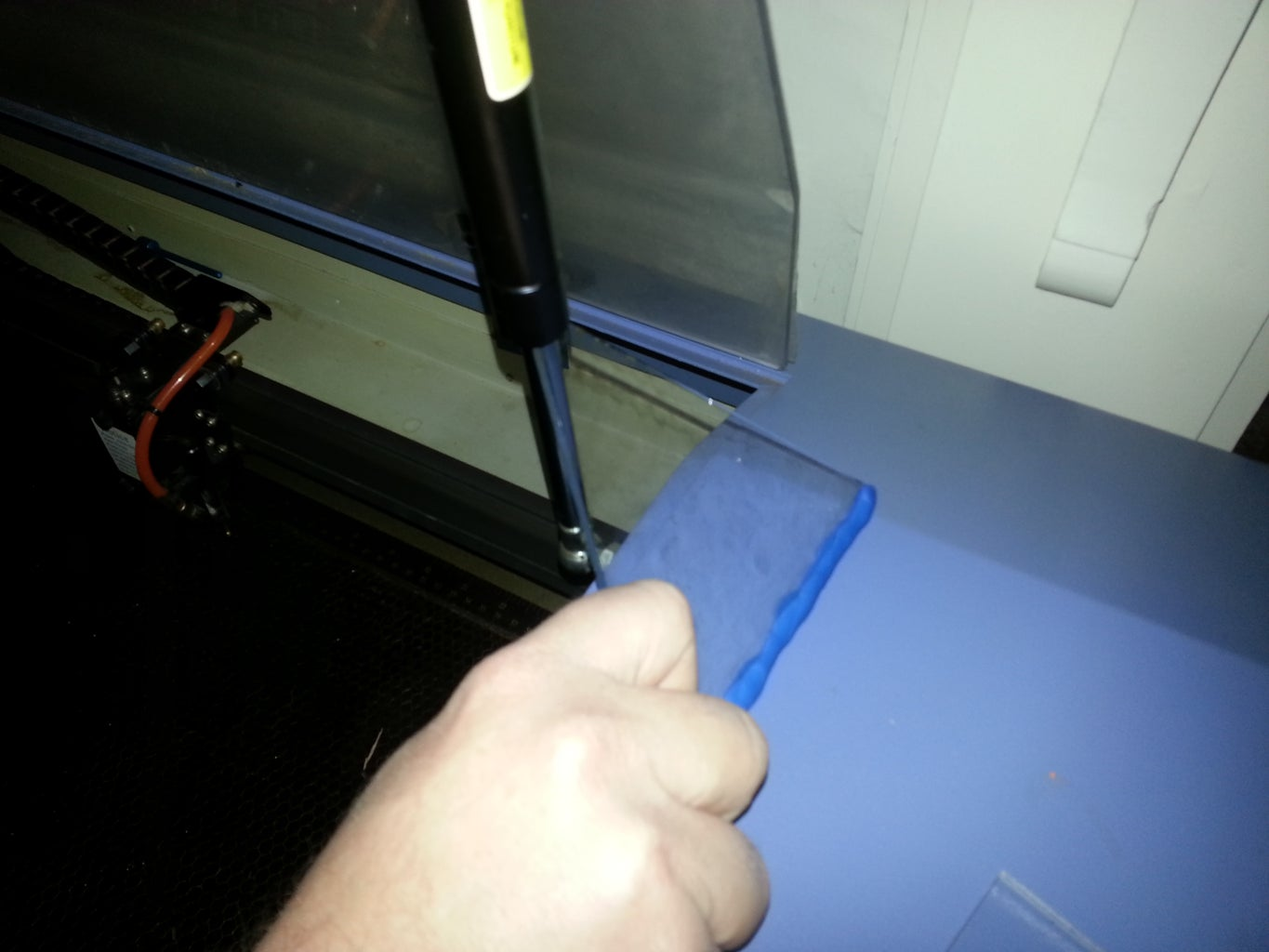 Rig Gas Lift Struts With Sugru