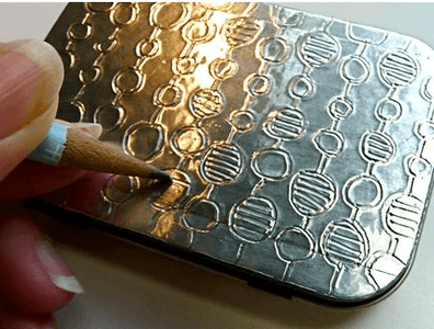 How to Decorate an Ordinary Box With a Unique  Foil Stamping
