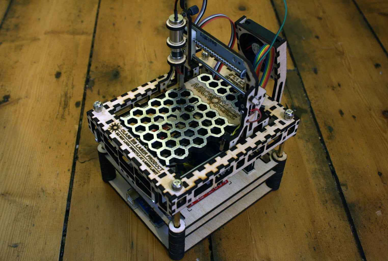 The MicroSlice V1   a Tiny Arduino Laser Cutter