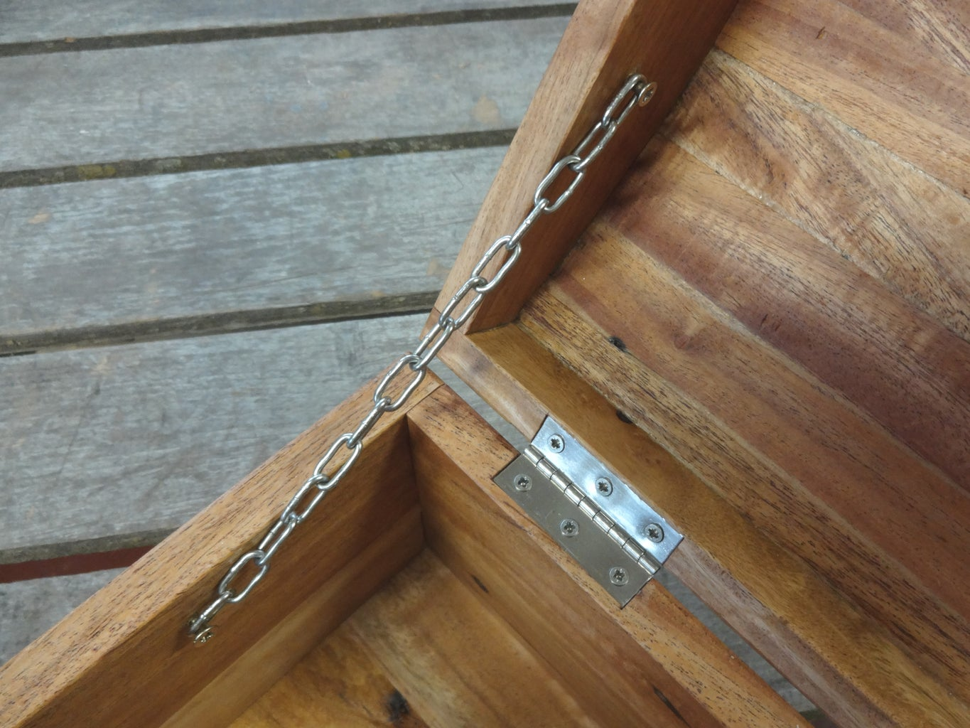 Installing Hinges, Clasp and Chain