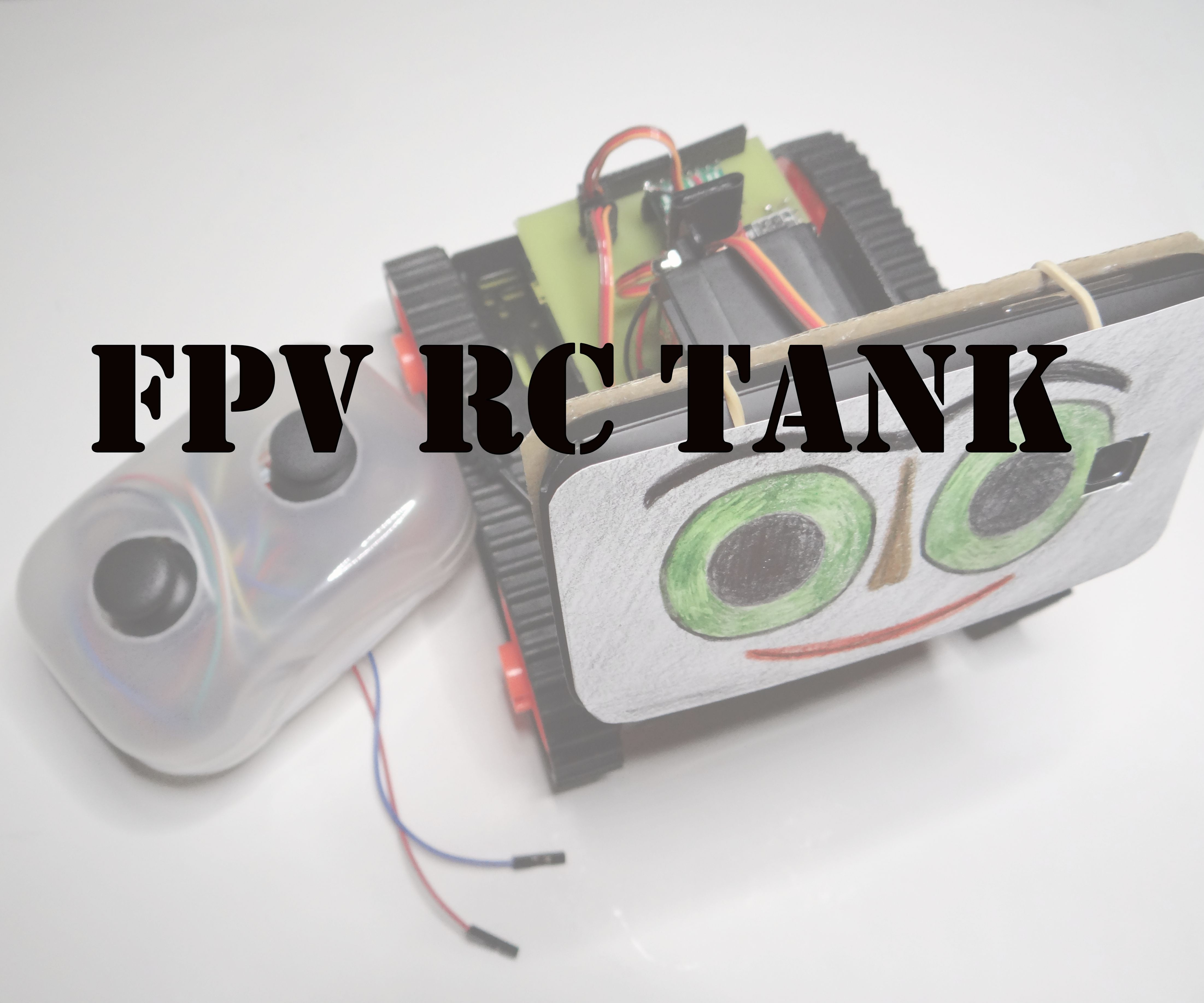 RC tank with a moving FPV camera