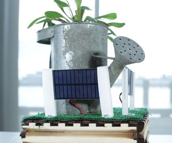 Mobile Sun-Seeking Robot