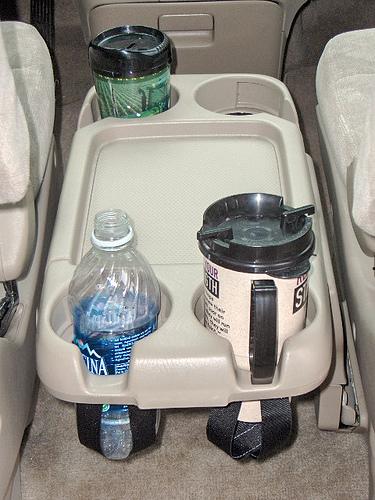 2004 Honda Odyssey Cupholder Tray Mod