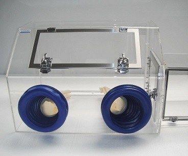 Water-tight Glovebox