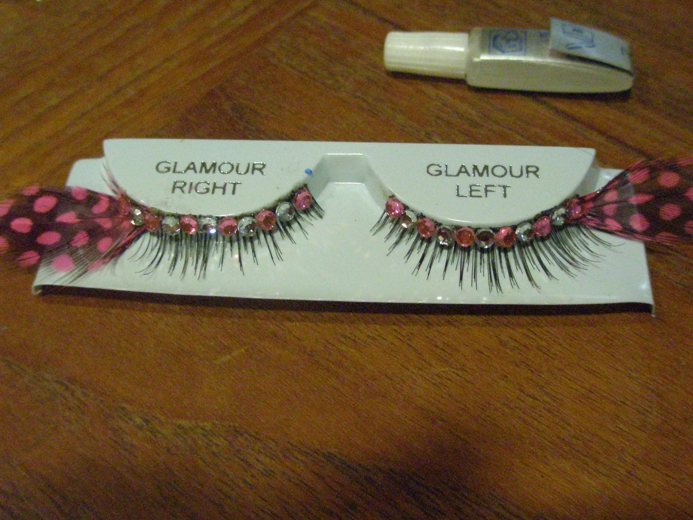 How to Make and Apply Your Own Novelty Eyelashes