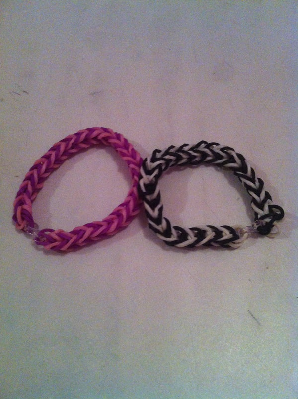Making a Bracelet (fishtail) Without Looming