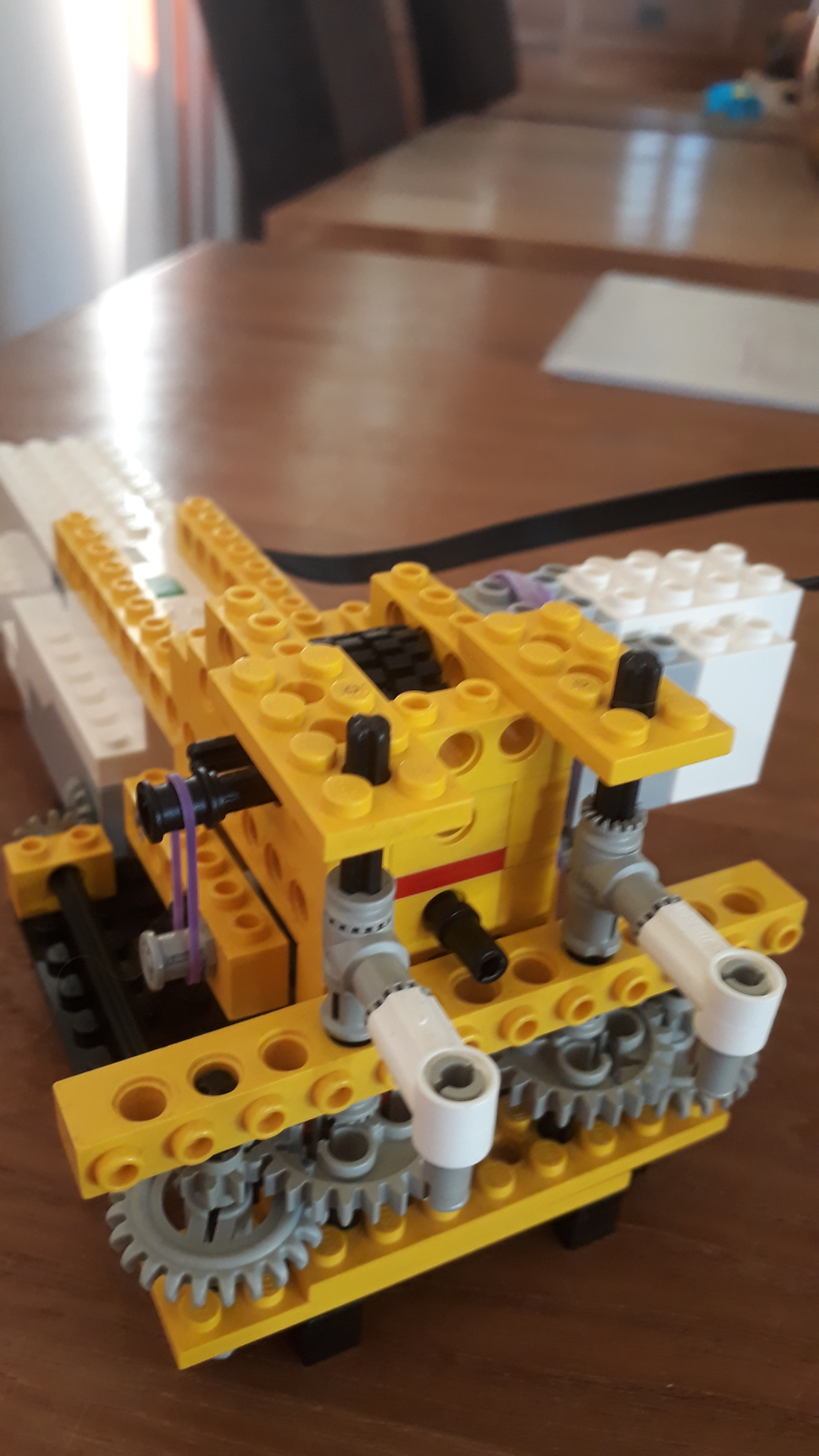 LEGO Boost Pipe Cleaner Bending Robot