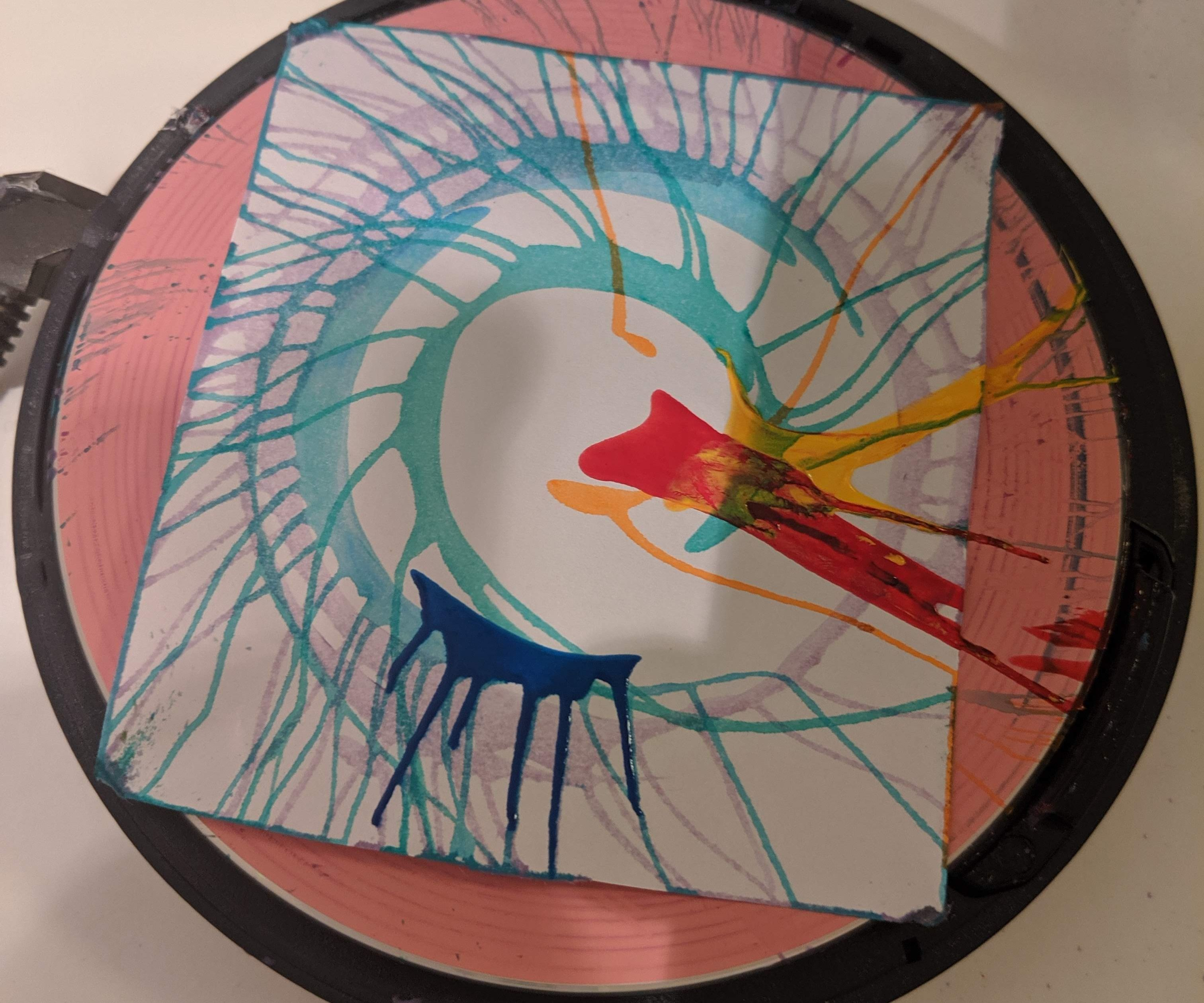 Spin Art - Discman Upcycle
