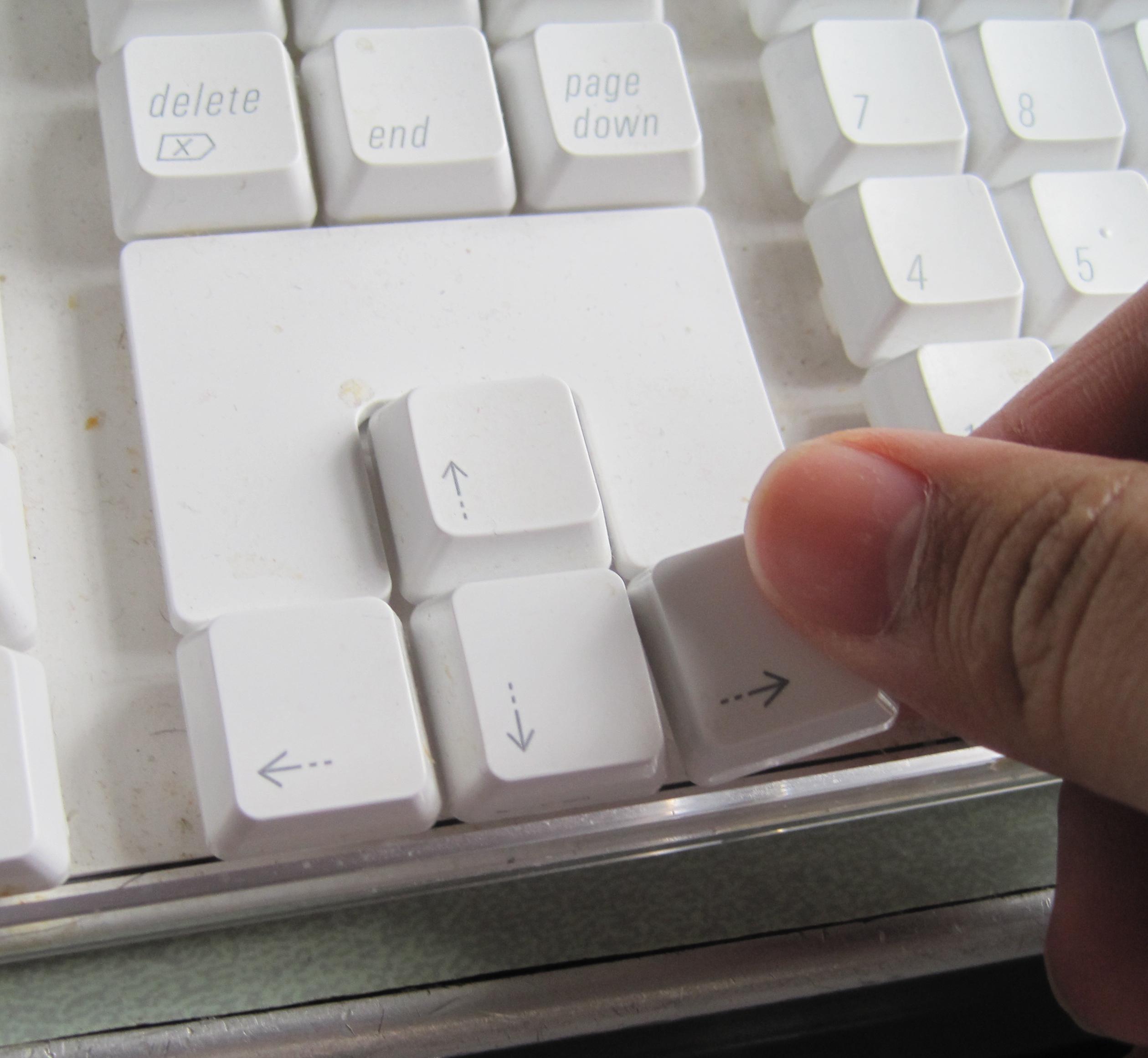 Deep Clean Your Apple Keyboard So it Looks Pristine
