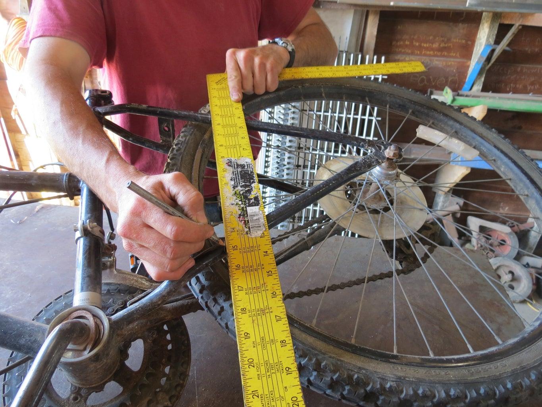 Cut Wheel Arms Off the Bike