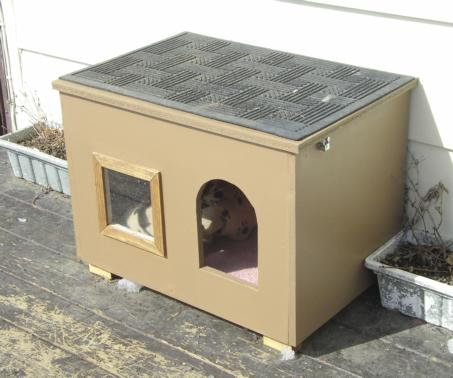 Cat House For Those Chilly Nights Instructables