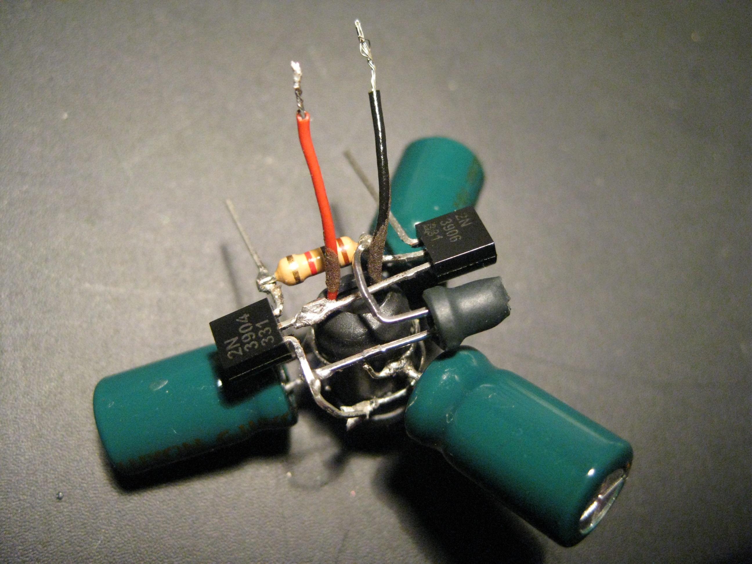 How to make a mini solar robot!