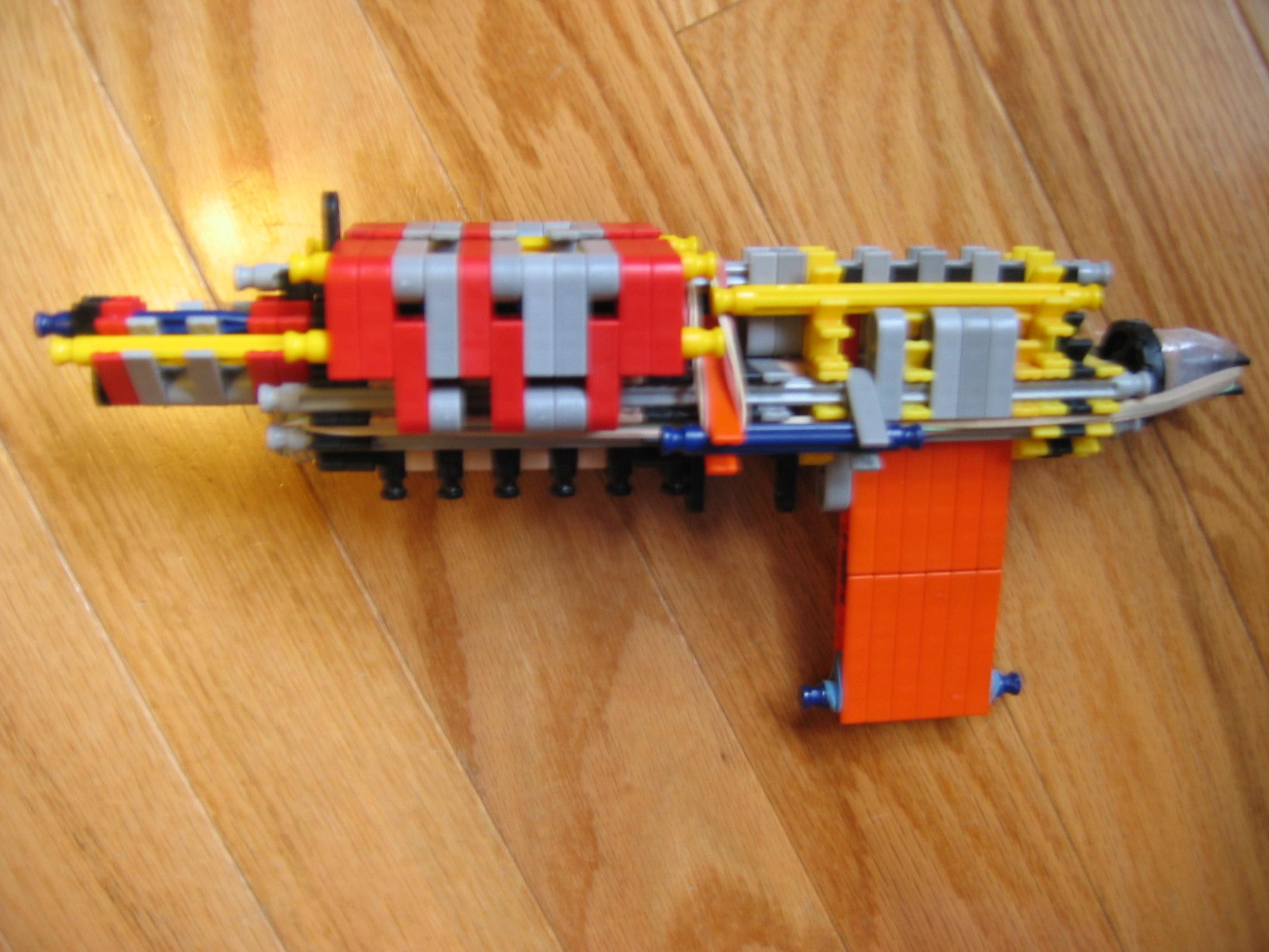 K'nex pistol V2 even MORE updated