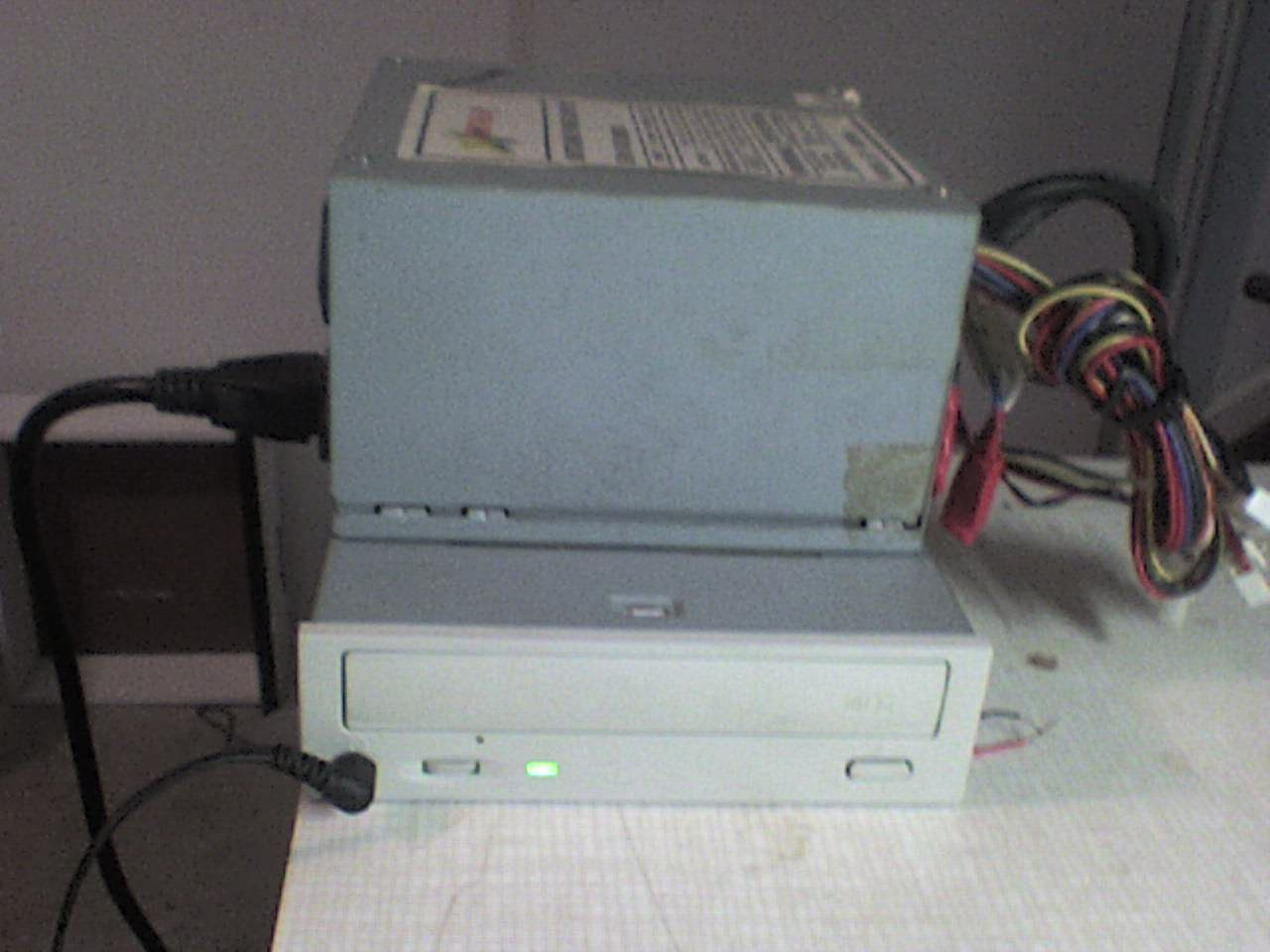 Add a play/skip button to your standalone CD-ROM Drive