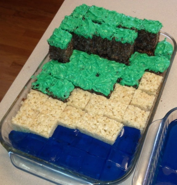 Minecraft Crispie Treats