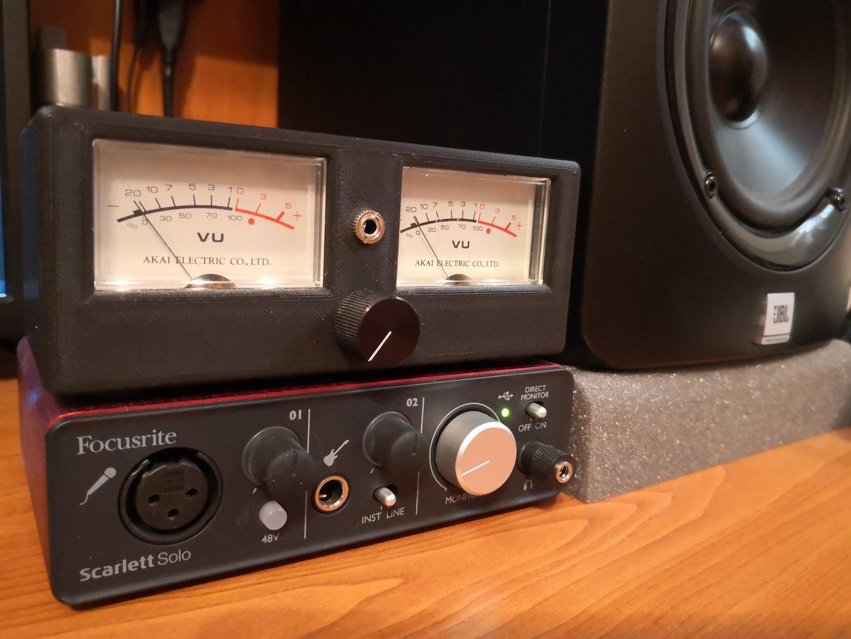 Retro Analog Audio VU Meter From Scratch!