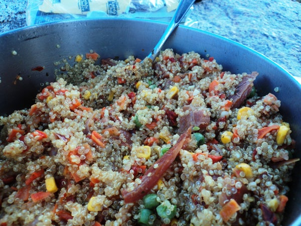 [Backpacking Food] Quinoa With Veggies