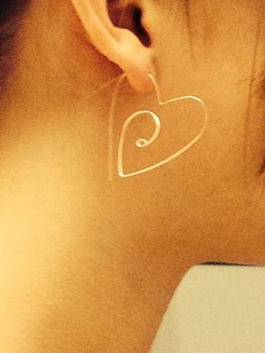 Simple, Wire Heart Earrings