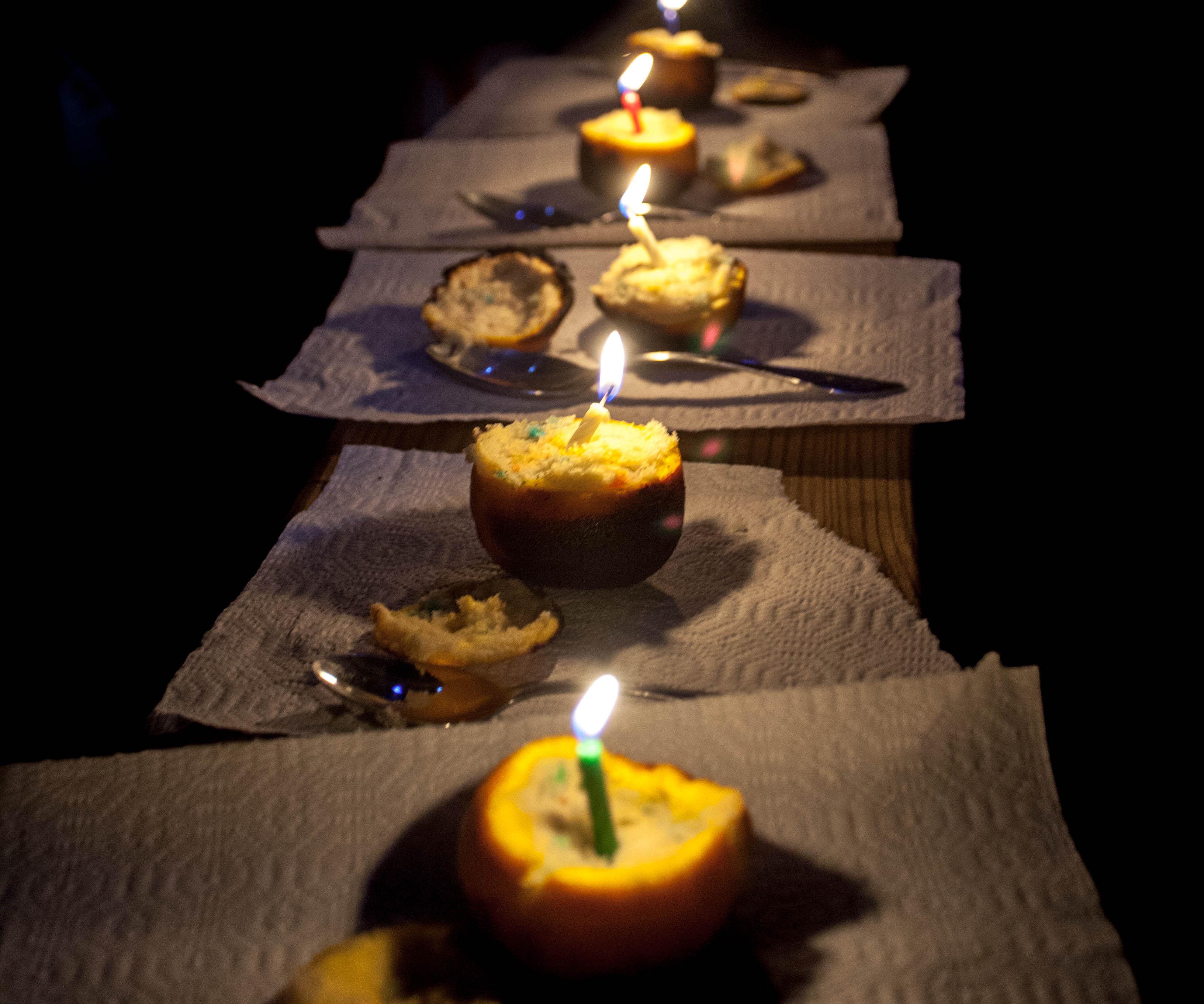 [Campfire Recipes] Bake a Cake in an Orange