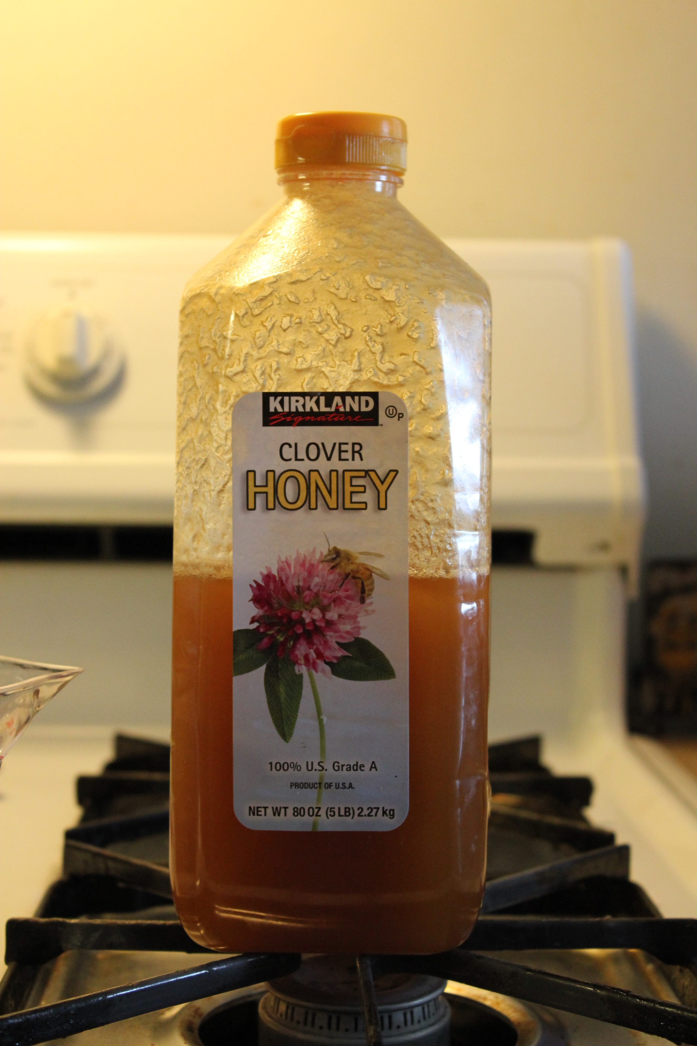 Decrystallizing honey