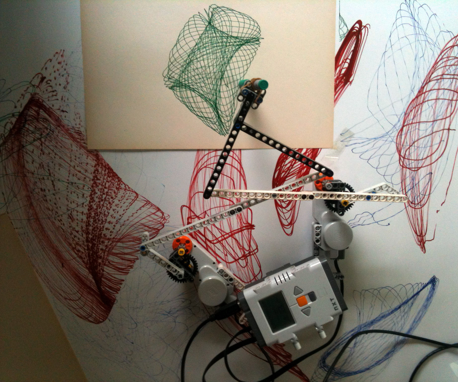 Building a Drawbot with LEGO