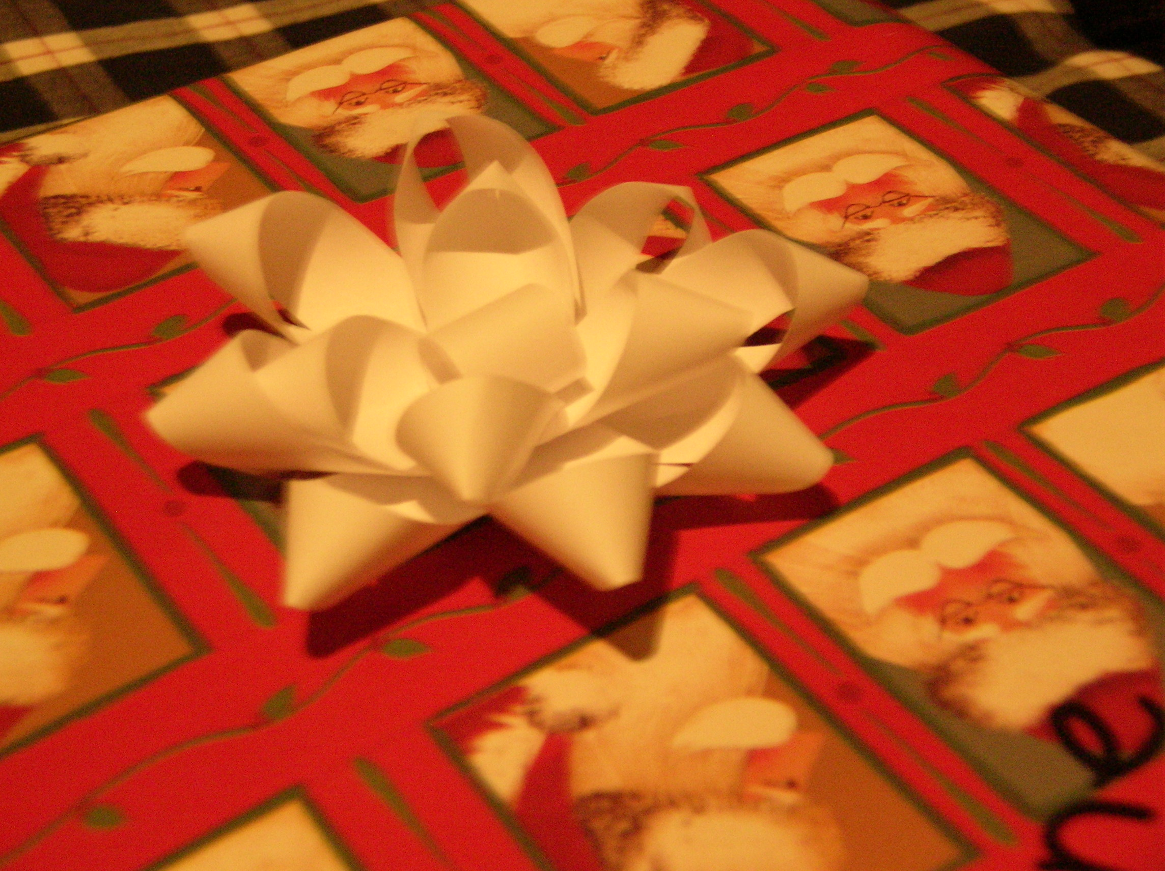 Paper Gift Bows/Ornaments