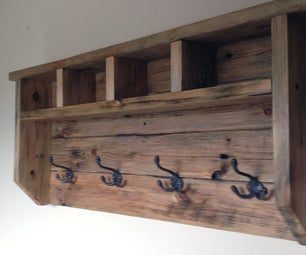 Farmhouse Coat Hanger From Pallet Wood